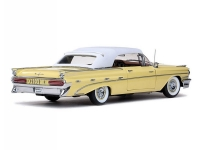 Sun Star 1:18 1959 Pontiac Bonneville Closed Convertible Diecast Model