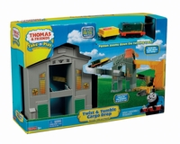 Fisher-Price Thomas & Friends DC Twist 'n Tumble Cargo  Tågbana