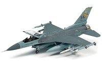 Tamiya 1/72 F-16CJ W/FULL EQUIPMENT