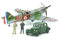Tamiya 1/48 D.520 FRENCH ACES W/STAFF CAR