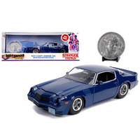 Billy's Chevrolet Camaro Z28 Dark Blue with Collectible Coin Stranger Things (2016) TV Series 1/24